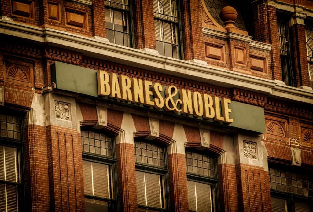 How To Arrange Book Signings at Barnes & Noble