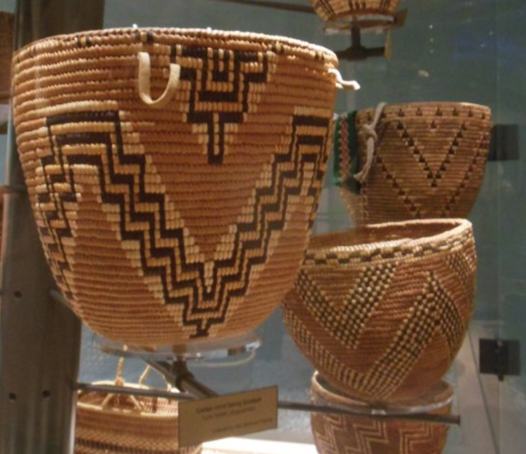 More baskets with chevrons.