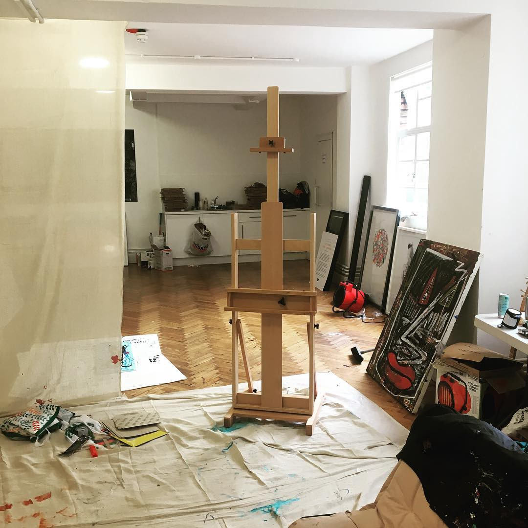 easels and why they should be an important part of any artist s