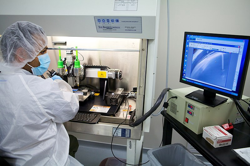 Inside a bioprinting lab where researchers print 3D models of human tissues and organs