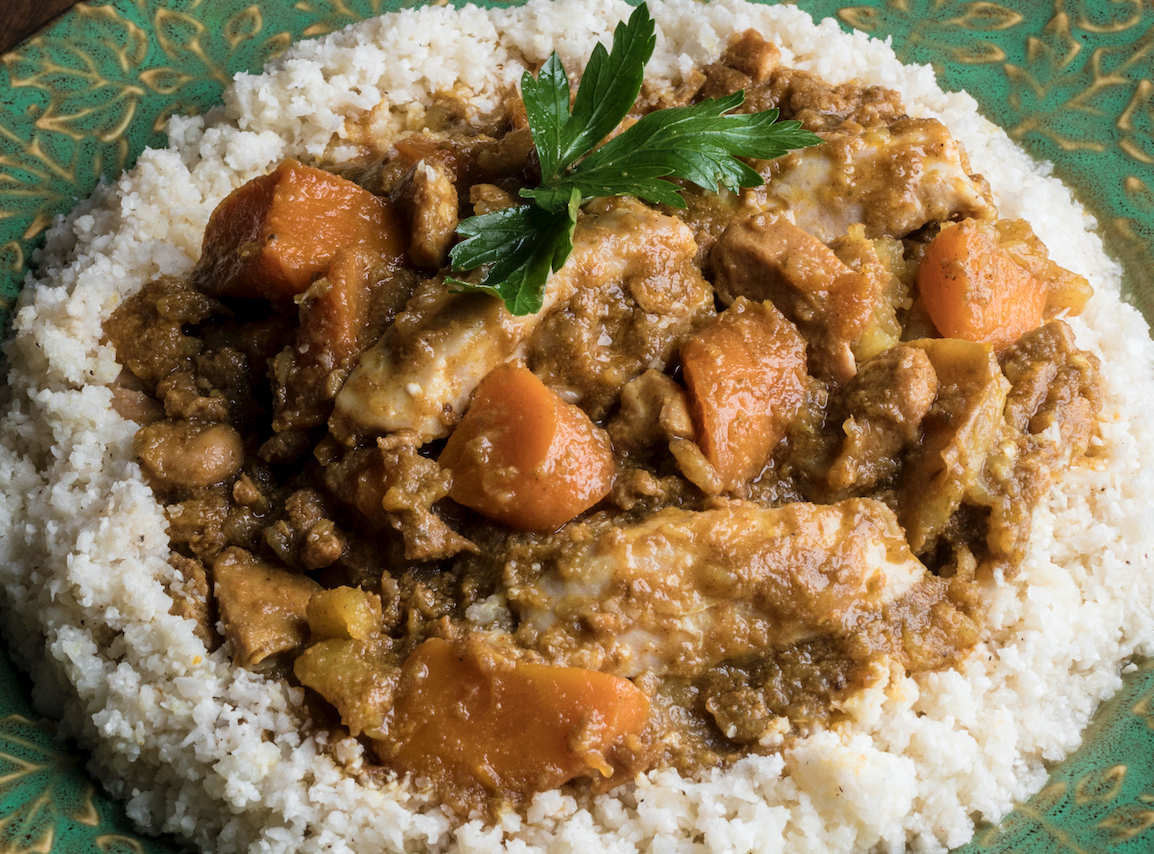 Moroccan chicken stew with apricots grand central publishing medium moroccan chicken stew with apricots exclusive recipe from always delicious by david ludwig md phd and dawn ludwig forumfinder