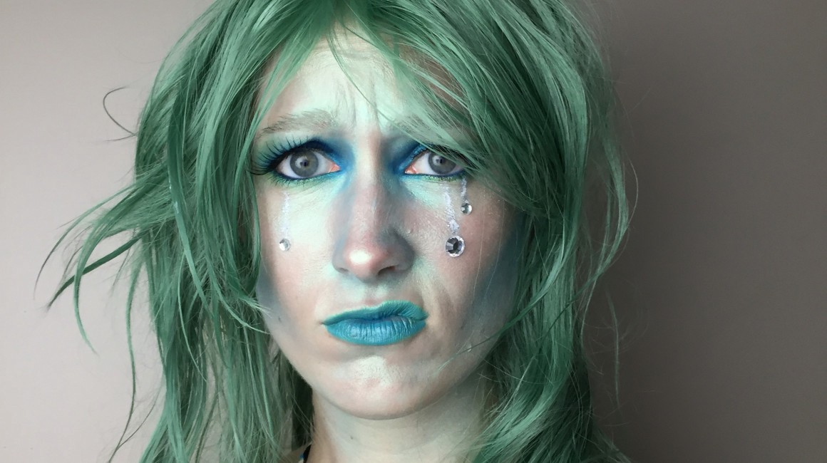 How to make yourself look like a mermaid the establishment medium how to make yourself look like a mermaid solutioingenieria Image collections