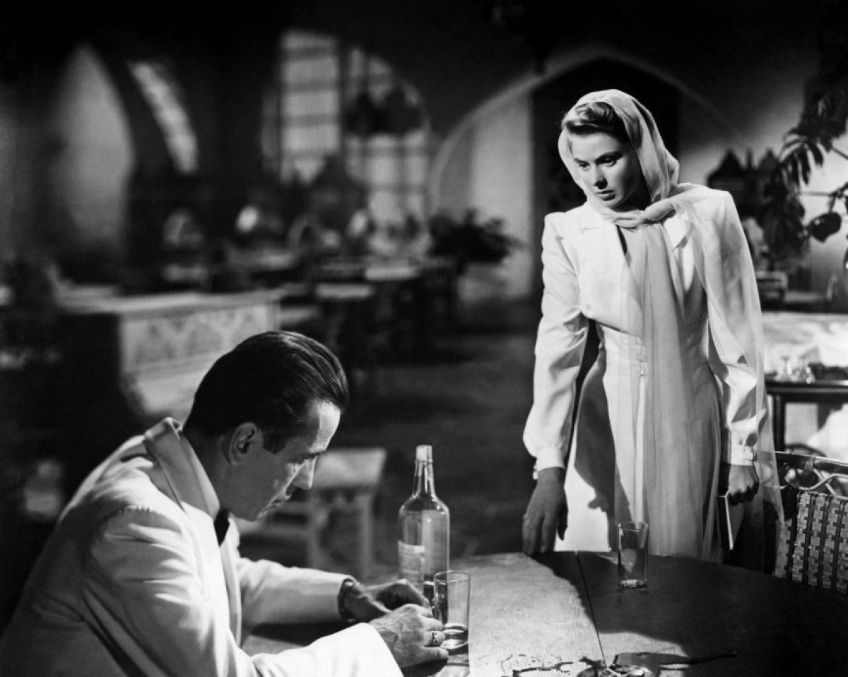 casablanca movie analysis Casablanca restaurant join us for your next meal we get the great mediterranean cuisine can be falafel, hummus , kabub and shawerma great taste, good times here at casablanca.