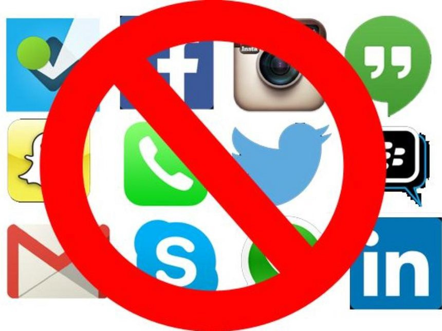 Facebook and Instagram Shut Down Today, and I Honestly