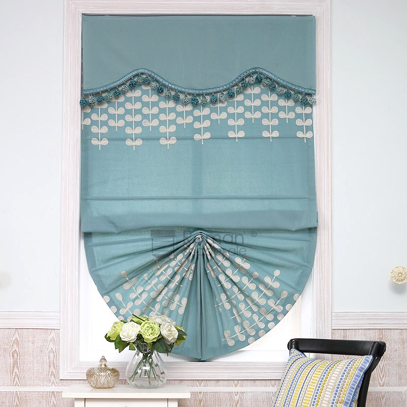 Why Not Choose Different Type Of Curtain To Decorate Your