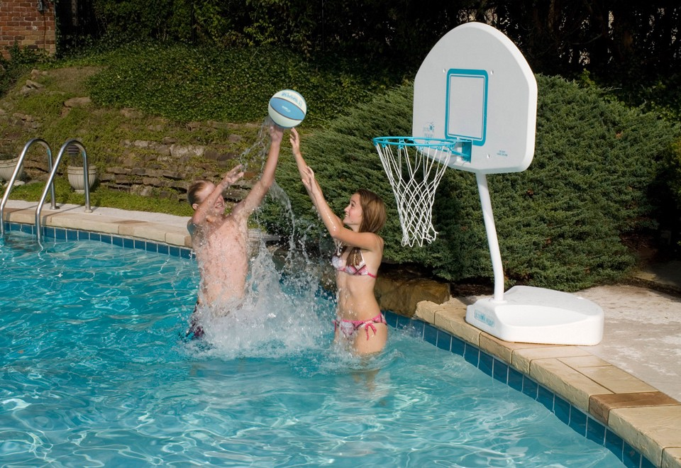 A Guide to Choosing Swimming Pool Basketball Games – Edward Dunn Jr ...