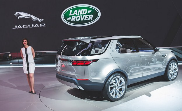 2018 Land Rover Lr4 Redesign Price Release Date