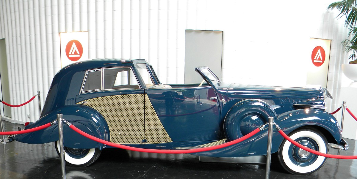 Just How Much is Academy of Art\'s Vintage Car Collection Worth?