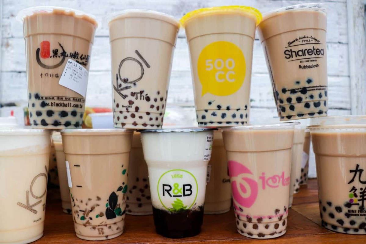 Boba Science: How can I drink a bubble tea to ensure that I don't finish the tea before the bobas?