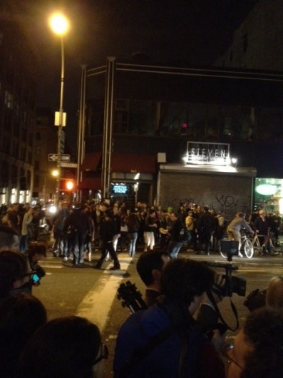 Surprise Police Raid Wipes Out Zuccotti Park, Police Violence