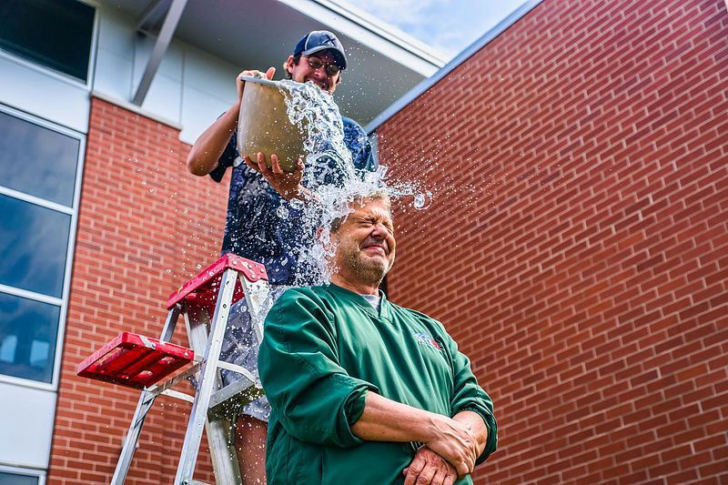 95343f05f70b ALS Ice Bucket Challenge — Four Years Later – NU Sci