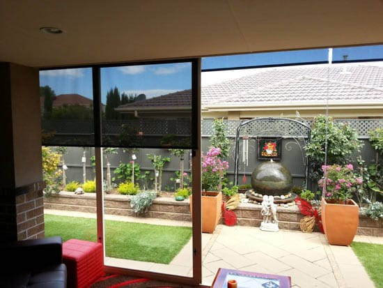 How To Manage Your Outdoor Blinds Melbourne In Windy Conditions
