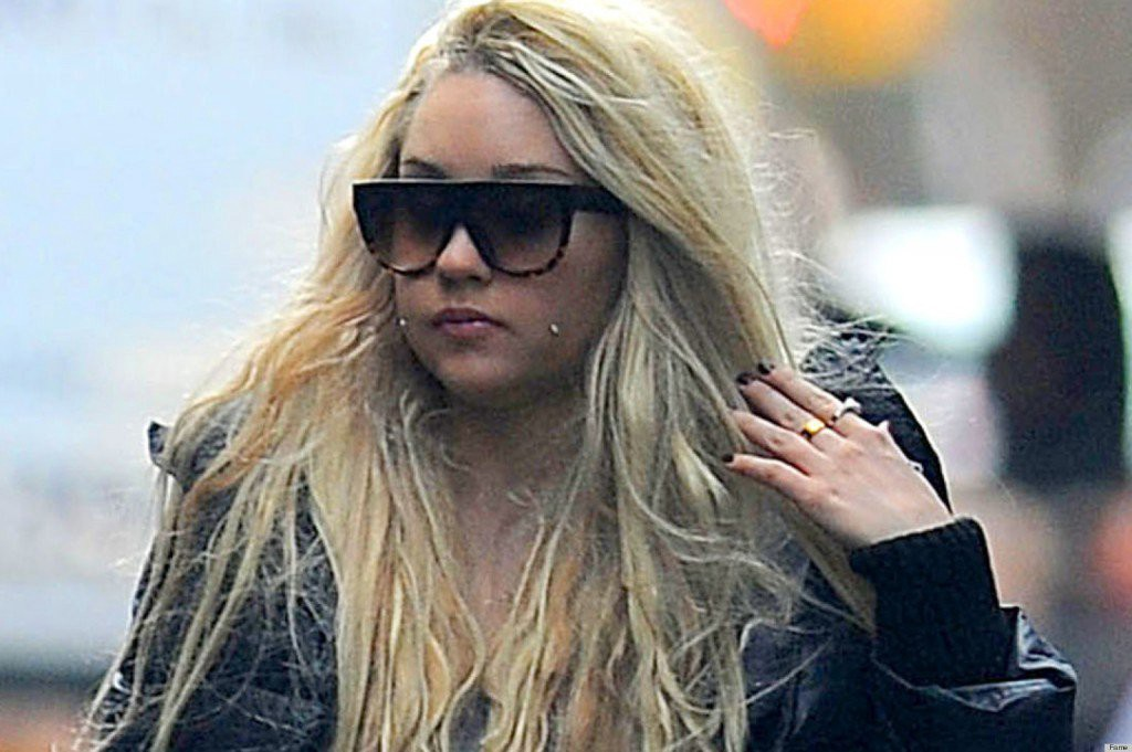 You has britney lindsay lohan nude spear apologise
