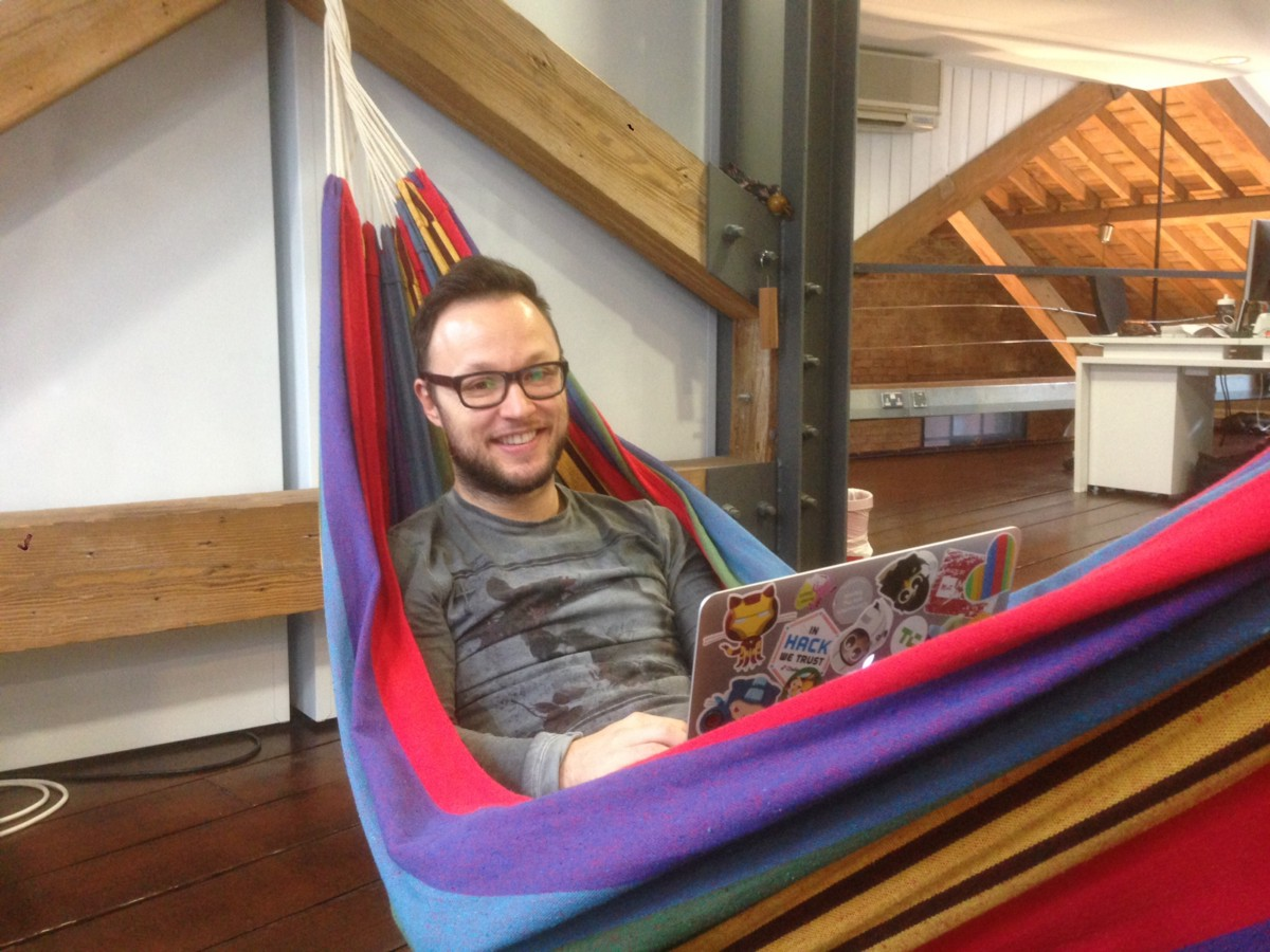 at makers academy we have a hammock  it feels good to lie down in a hammock and rest or just think through some problem  we take a hammock in the office     on hammocks at work  u2013 makers academy  rh   blog makersacademy