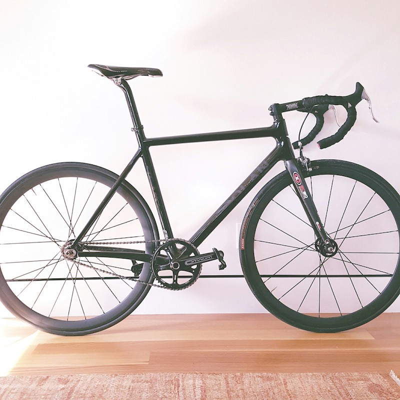 workout fixed gear vs road bike dave sloan medium. Black Bedroom Furniture Sets. Home Design Ideas