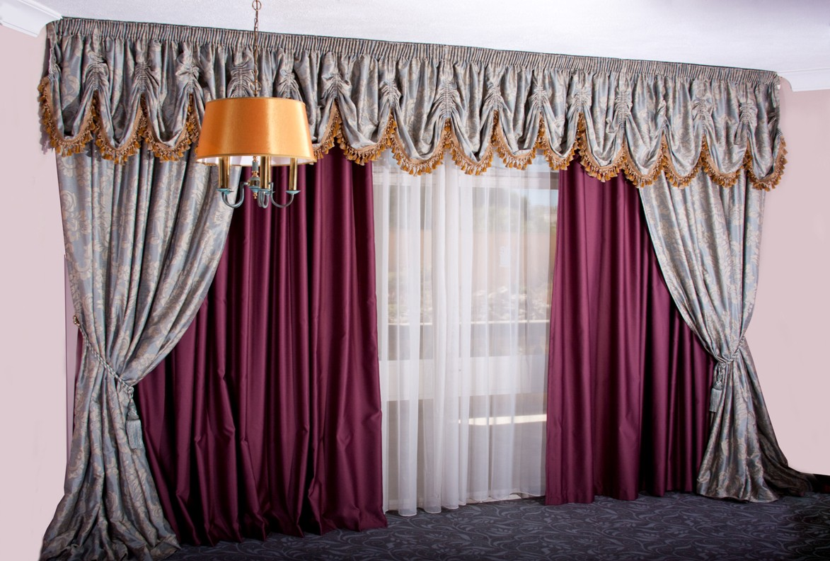 Buy curtains online dubai curtain dubai medium for Where to buy curtains online