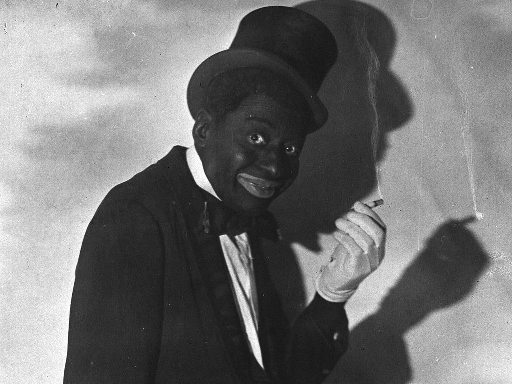 1921 Photo portrait of Vaudeville star Bert Williams in blackface with  cigarette  cropped from original dac8f5d016f3