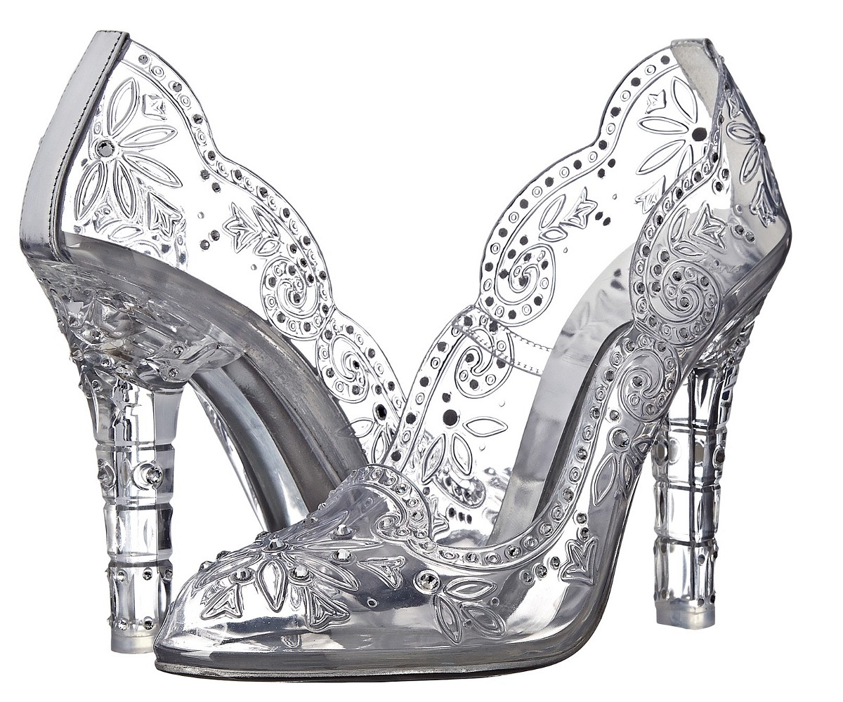 73915afb4d6d Shoe of the Day  Dolce   Gabbana Transparent Pumps – Dynelle Skinner ...