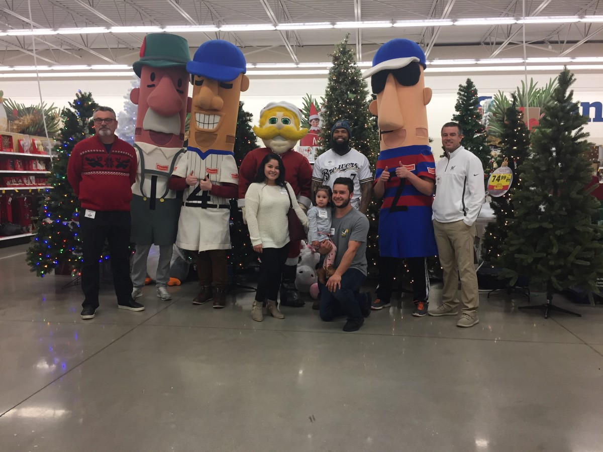 Meijer, Milwaukee Brewers Team Up to Spread Holiday Cheer to USO ...