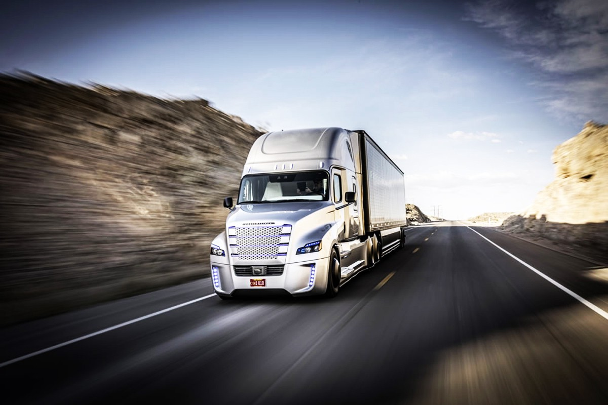 Self-Driving Trucks Are Going to Hit Us Like a Human-Driven Truck