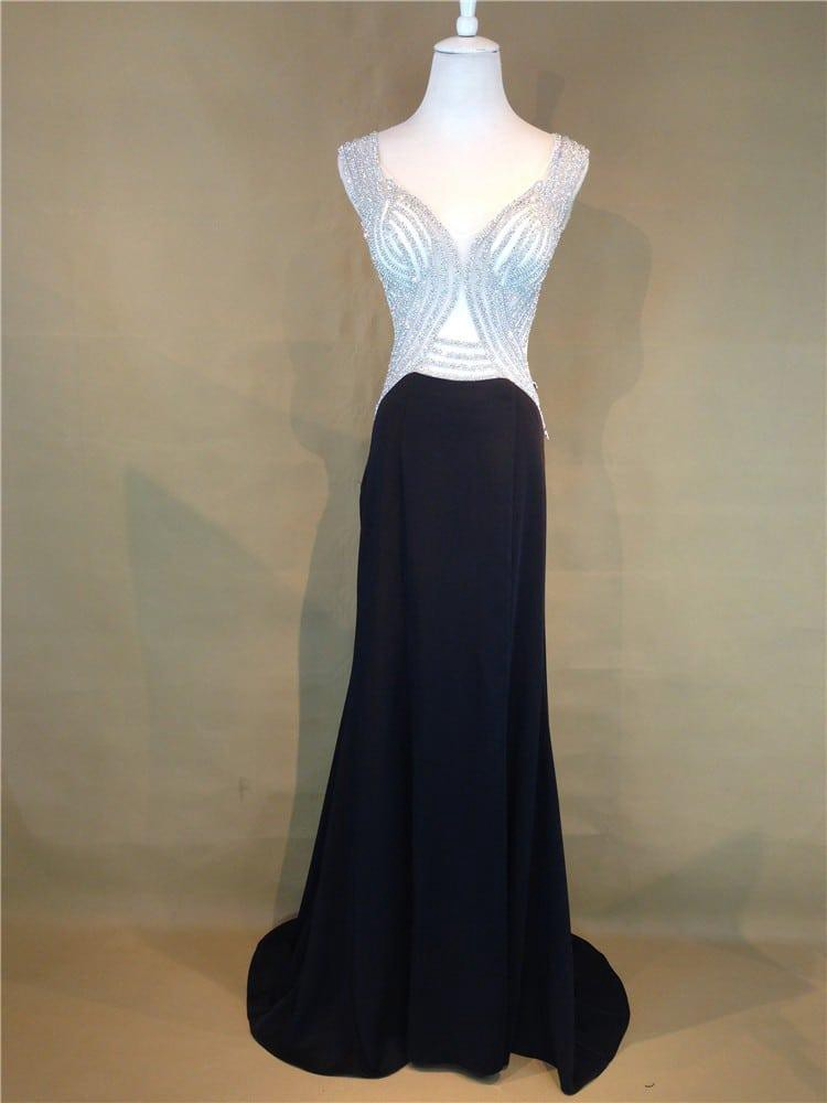 74e681eda88 Wearing the right gown will significantly improve your appearance. Hence