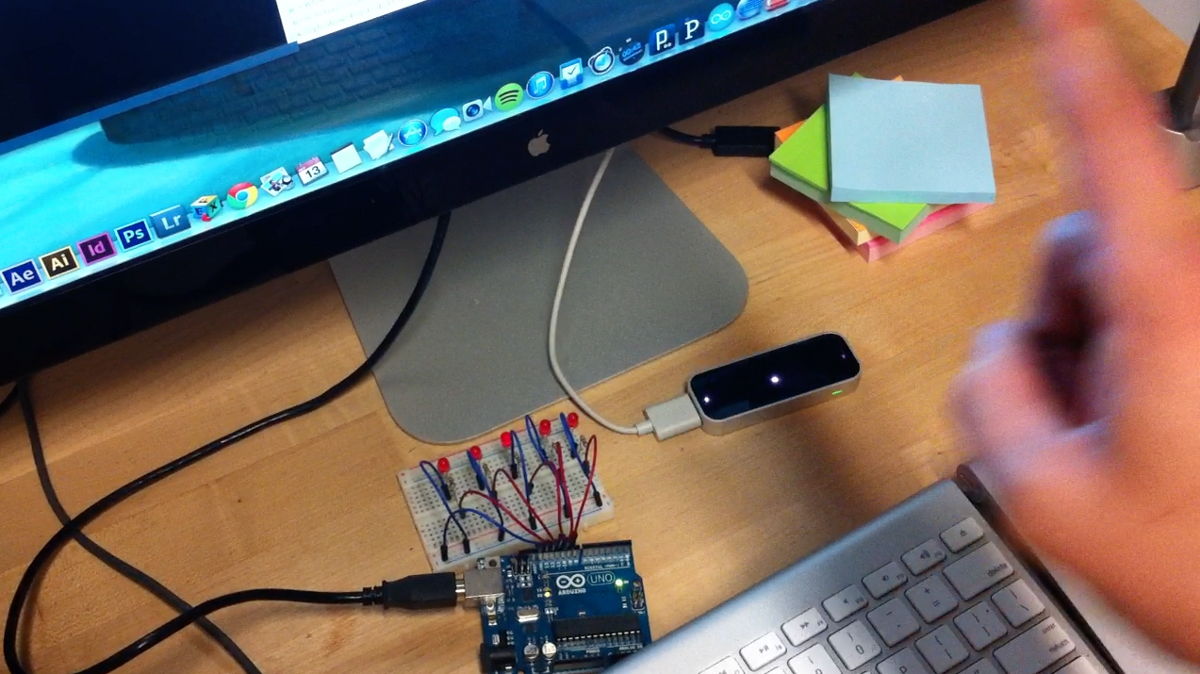 Finger tracking led light up using processing — arduino leap