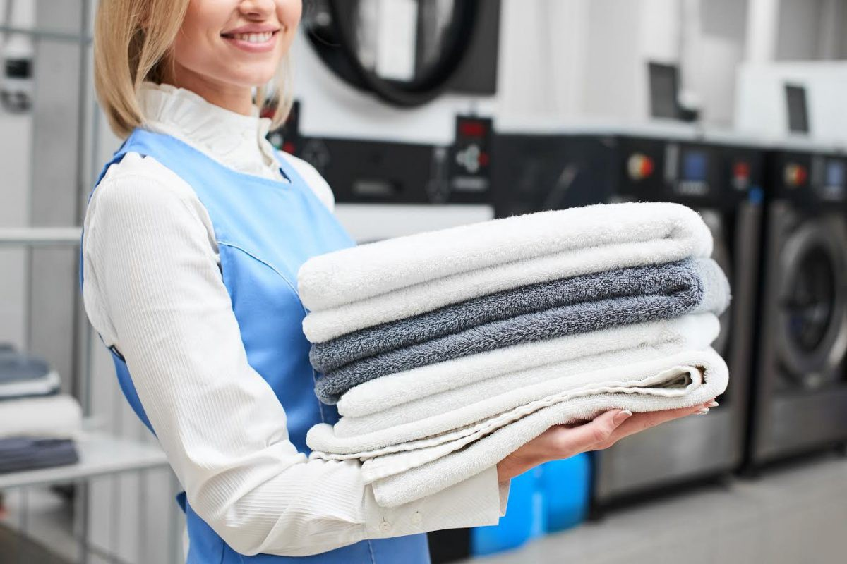Top laundry services in dubai skt cleaning skt cleaning medium we offer multiple services including exclusive washing vip washing washing same day and many more our well structured and planned washing schedule will solutioingenieria Choice Image