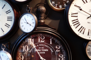 8 different traditional clock faces