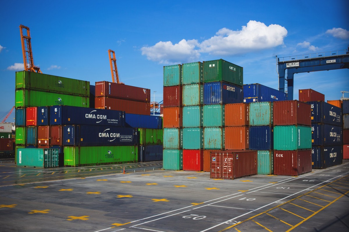 Empty Container Repositioning as a Service – Blockshipping – Medium