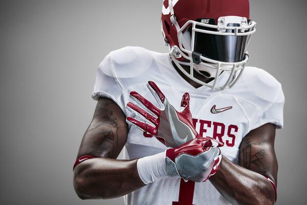 9e2b63d2fc465b Nike Diamond Quest uniforms created for the 2014 College Football Playoff