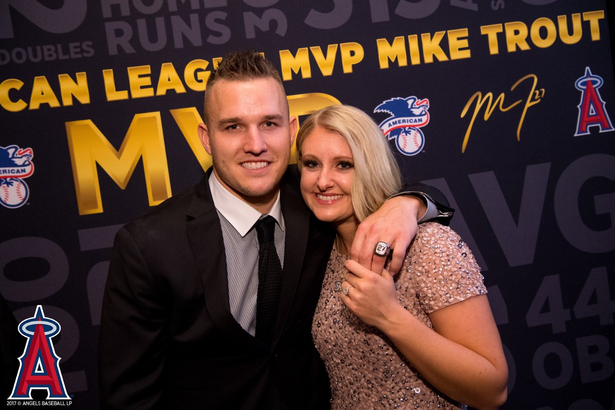 Mike Trout Biography And Career Stats Wife Or Girlfriend Salary