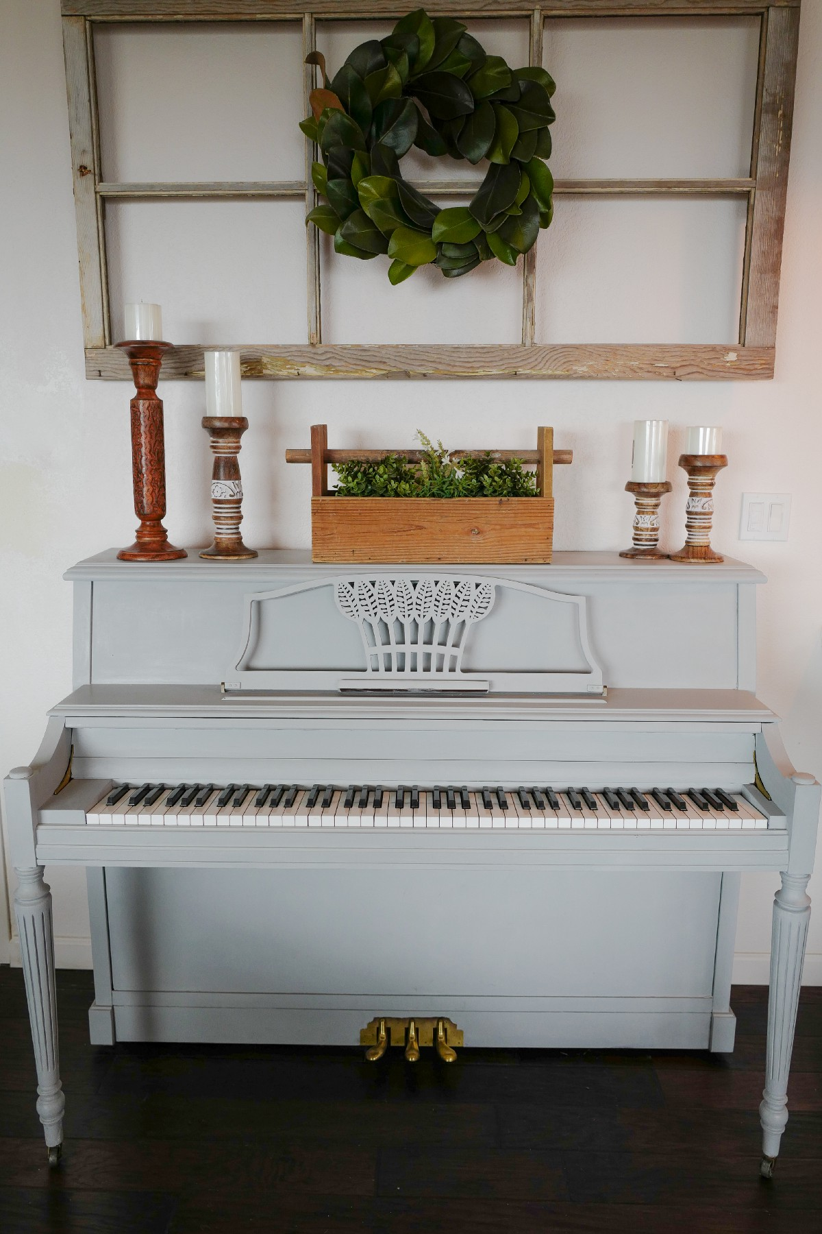 Decorating with a piano - Since The Piano Itself Is Painted Grey I Felt The Freedom To Add Some Touches Of Wood Both On Top Of And Over My Piano The Outcome Was Heavenly