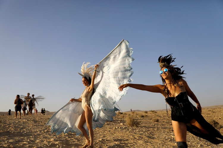 Nude Photos From Burning Man