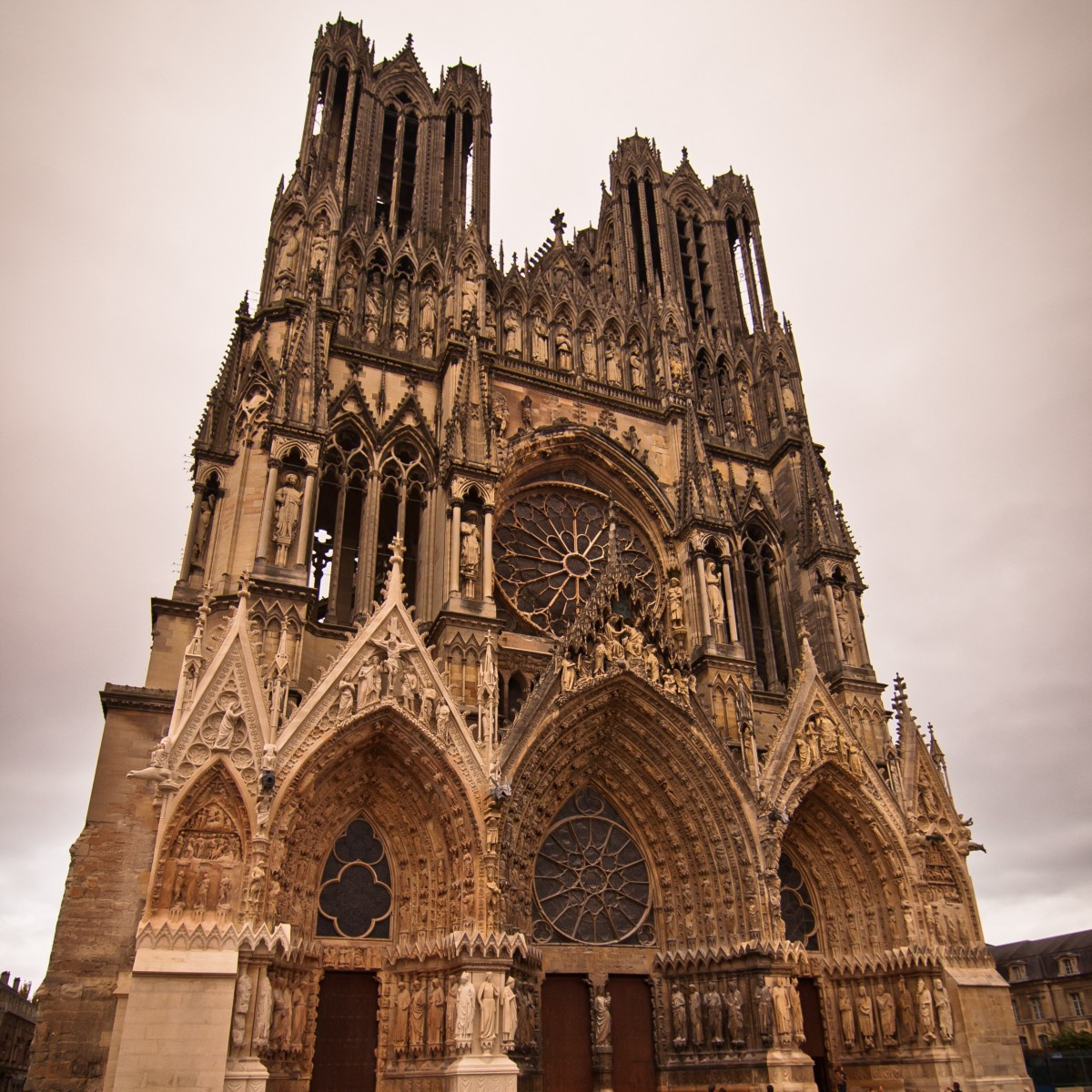 architecture history hidden gothic ornate reims future web cathedral medium maroon5 1211 2005