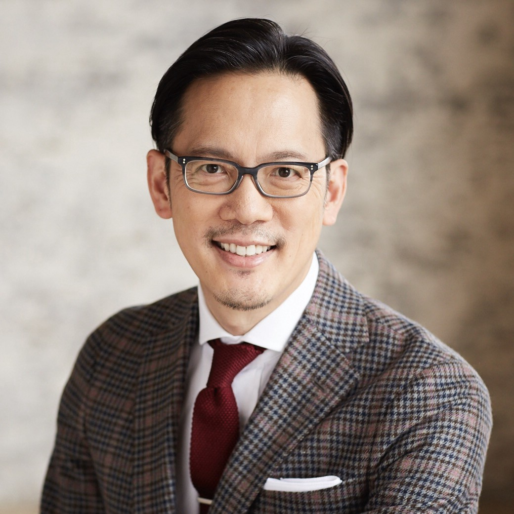 Making real world connections in a digital era ae networks alex ho is chief marketing officer at american greetings the worlds largest greeting card producer hes been leading the companys efforts to keep kristyandbryce Images
