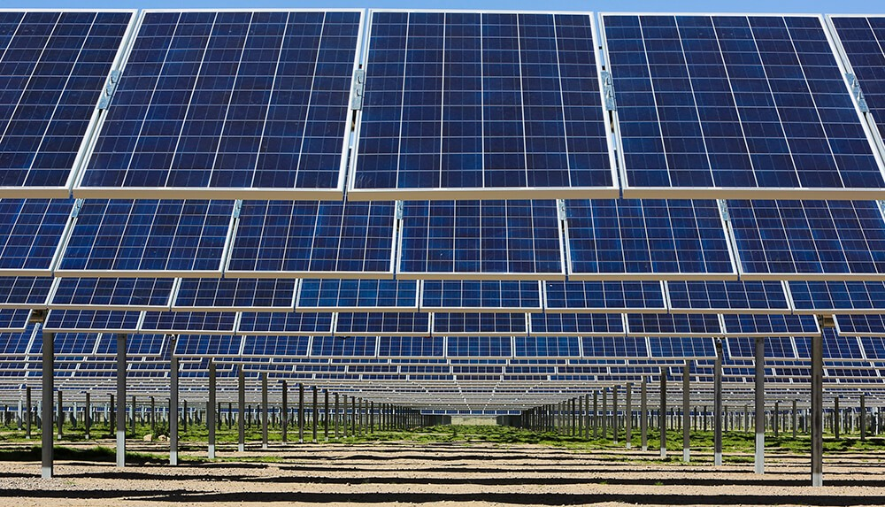 Arizona utility signs game changing deal cutting solar for Solar energy games