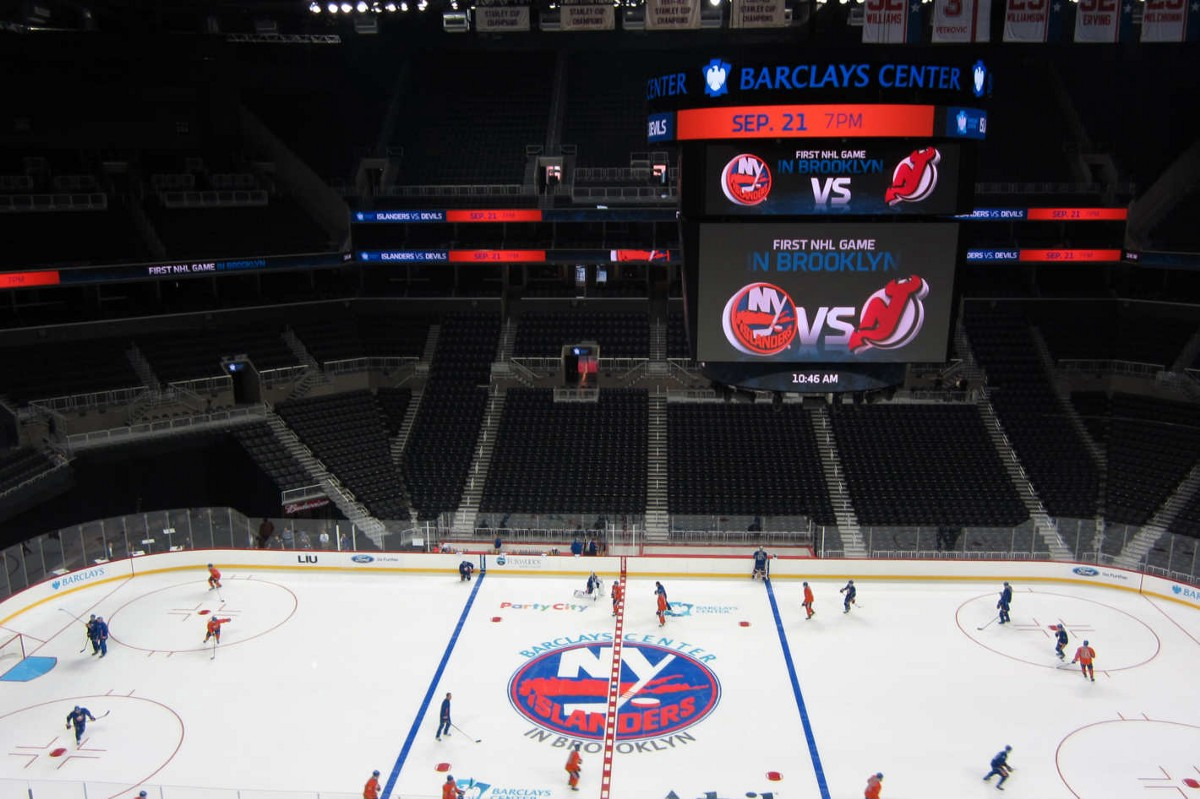 Islanders Fans Are Petitioning To Get The Franchise Back