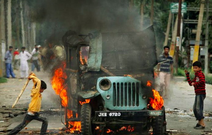 short essay on terrorism in india Long and short essay on terrorism in english now-a-days people are really afraid of the terrorism and terrorists attack all time it has become a warm topic as it is a big social issue here we have provided simply worded essay on terrorism for the students terrorism essay written here are in very easy and simple english language.