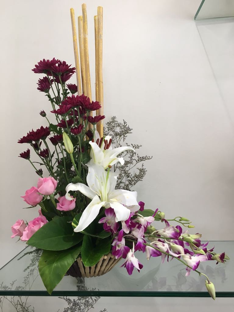 Buy flowers online in pune with best price blooms only many flower delivery services have come up to supplement the demand of flowers blooms only is a pune online florist who supplies quality blossoms around izmirmasajfo