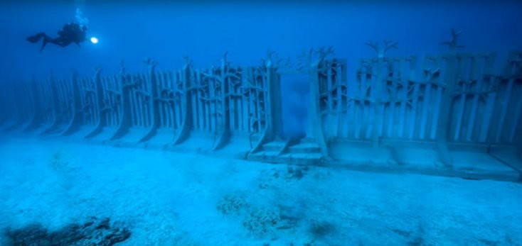 A Gigantic Underwater Wall Discovered In Google Earth