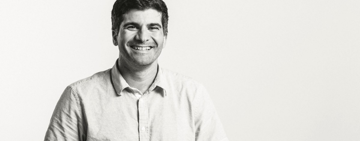 The Story of AdMob: How One MBA Dropout Sold His Business to Google for $750 million