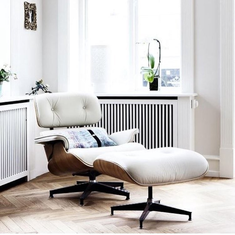 Eames Replica Lounge Stoel.The History Of The Eames Lounge Chair Manhattanhomedesign Medium