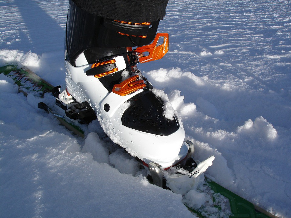 Choose The Right Pair Of Ski Boots For Your Child – Allan ...