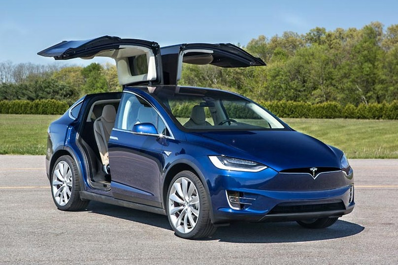 The Internet Is Full Of Articles Talking About 2017 Tesla Model X And We Just Couldn T Ignore Them Anymore Concept Was Revealed In Los Angeles