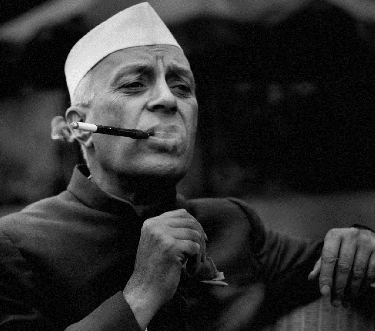 nehru the great leader of Jawaharlal nehru, the first prime minister of independent india (1947-64), who established parliamentary government, the initiator of non alignment policy in foreign affairs, often referred with the epithet of panditji, was born on nov 14, 1889, in allahabad his father, motilal nehru, was a barrister and a moderate nationalist leader.