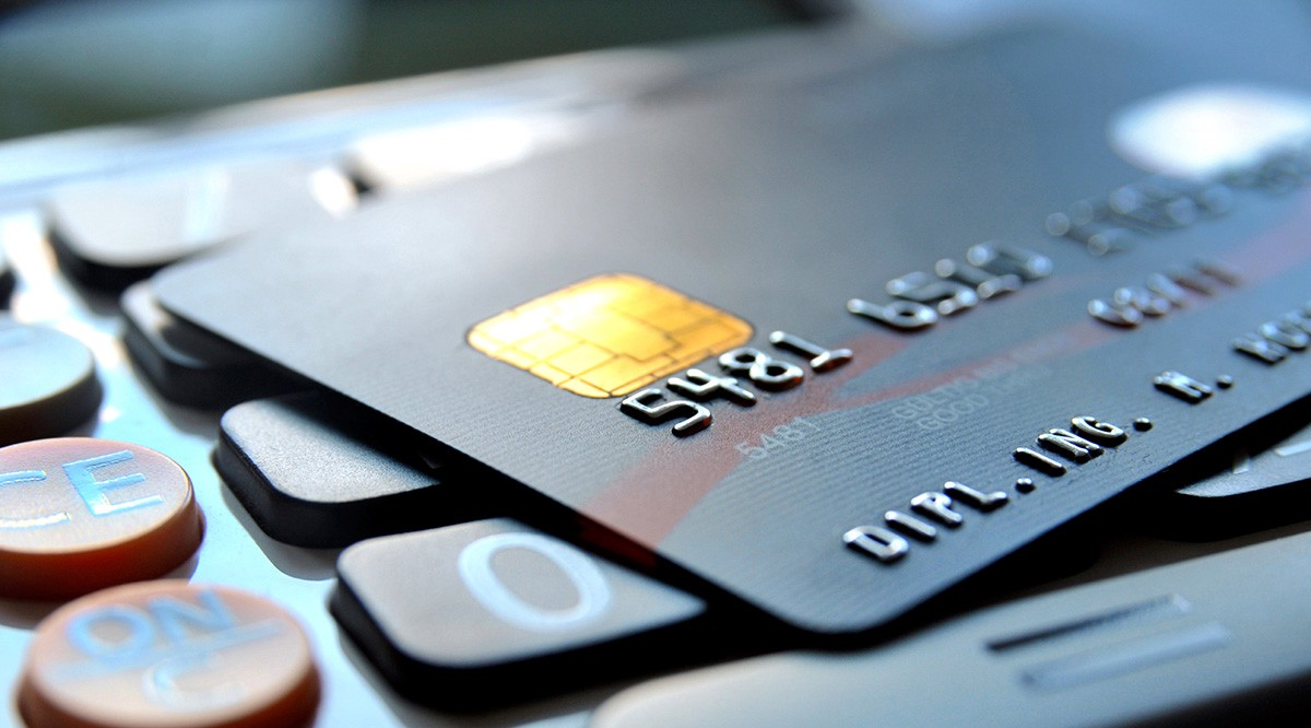 Ruthless best credit card processing strategies exploited for a charge card there are tons of offers created to entice you to really apply by comparison choose the best credit card for your small company can reheart Images