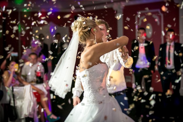 Unusual Wedding Reception Ideas Entertainers Worldwide Medium