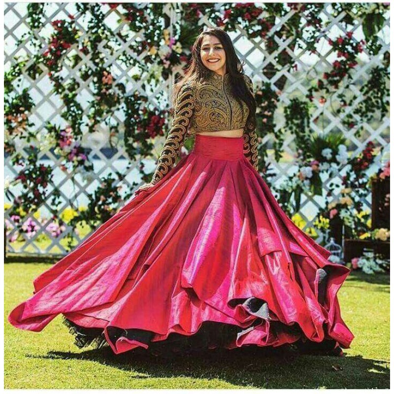 cf6fb9b1b50 Those women who are looking for Indian crop top lehengas; they can  definitely choose these jacket style lehengas and go for a unique style.