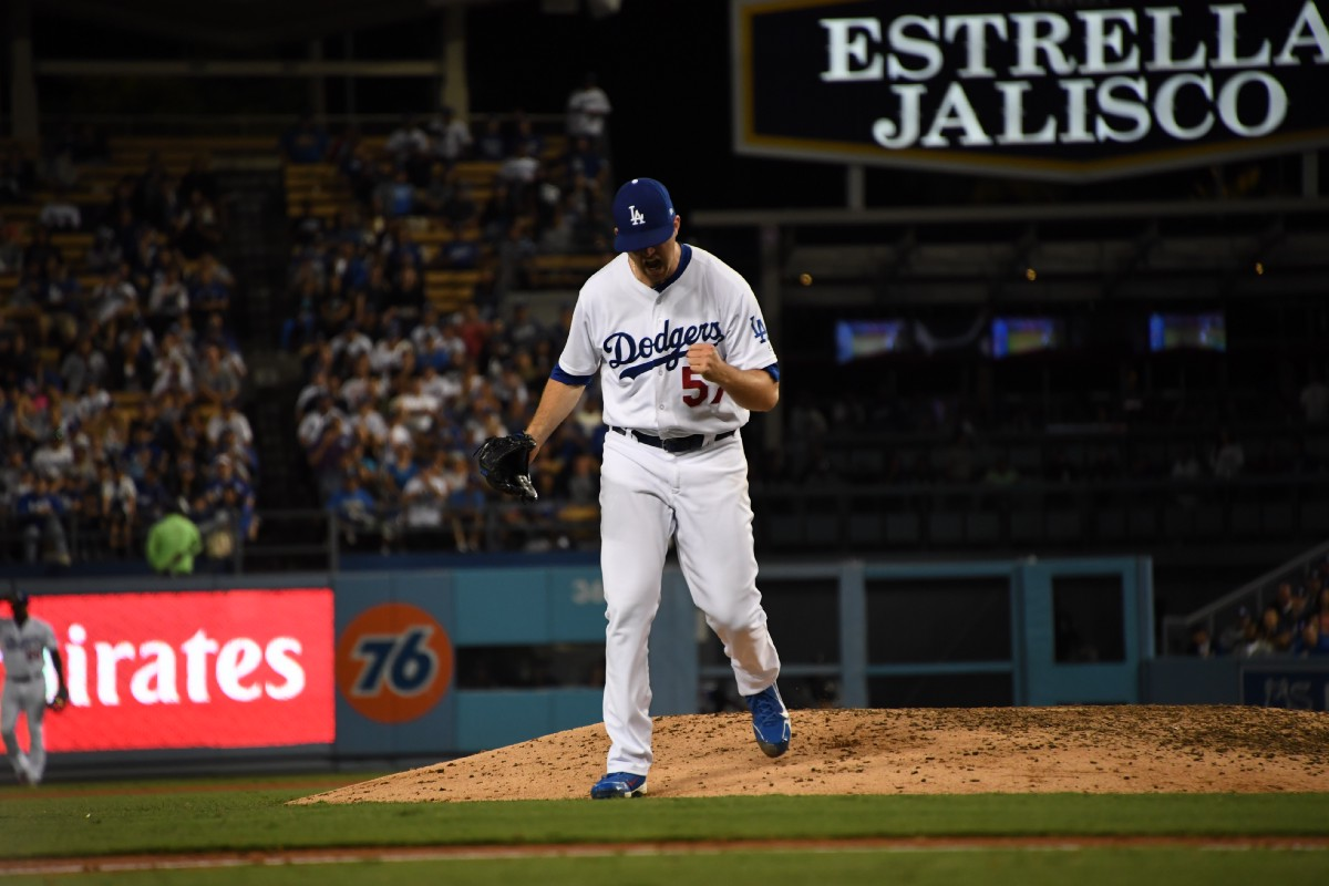 Dodgers agree to deals with all arbitration-eligible players