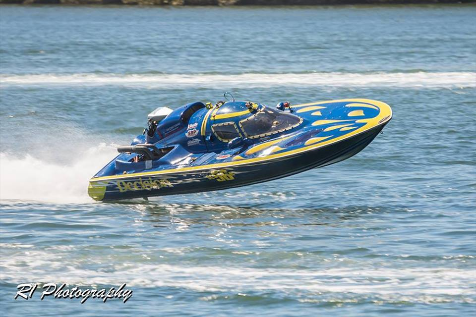 Yes You Can Own A Turn Key V8 N Motor Race Boat Send Your Check To Decision Racing